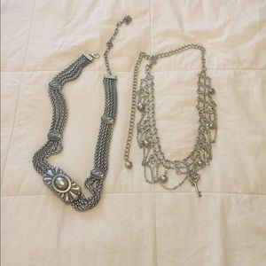 Accessories - Bundle of metal chain belts!